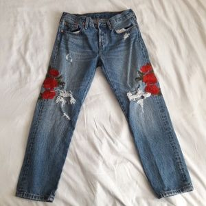 Levi's 501 Rose Embroidered Jeans Size 27